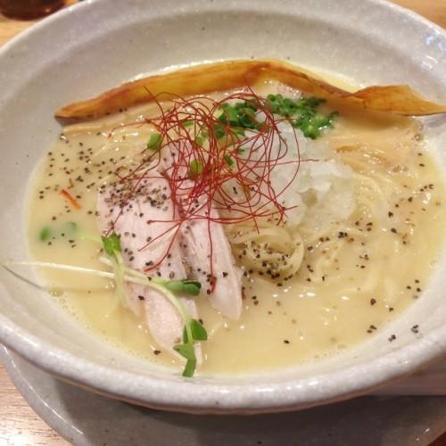 らーめん 泉鶏白湯 鶏神 栄 泉 中区