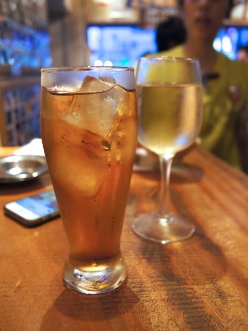 錦三ビア酒場 速達生 白ワインと辛口ジンジャーエール