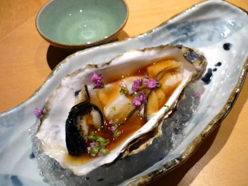 仙鳳趾産の真牡蠣