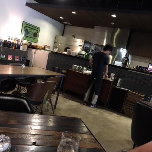 cafe & kitchen Doolittle(ドリトル) 店内