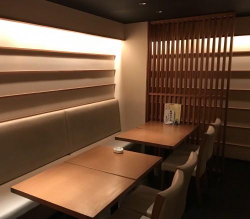 創作豆腐酒家『車道トウフ』テーブル