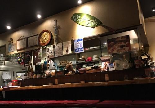 アジアン創作酒場 デニケン's 2号店 カウンター