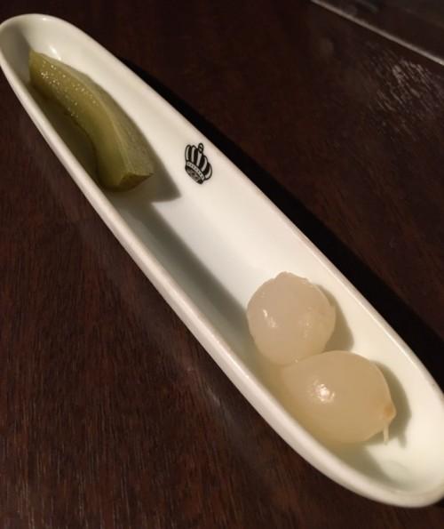 ピクルスとミニ玉ねぎの酢漬け