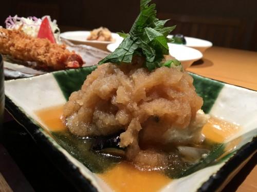 天然真鯛と揚げ豆腐と野菜の煮おろしがけ