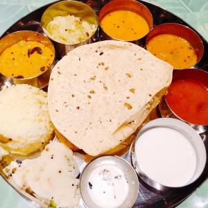 名駅エリアの新たなランドマーク!KITTE名古屋で食べる南インドカレー