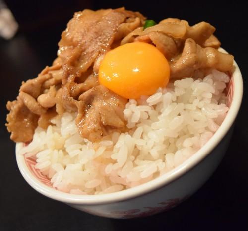 豚鯱(とんしゃち) 丼