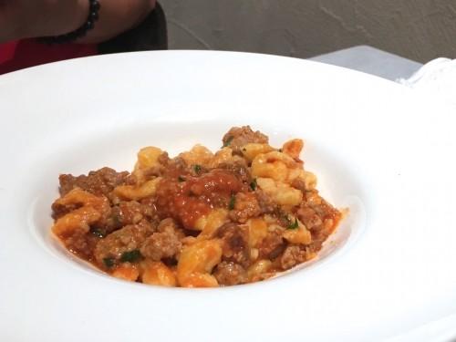エノタヴォラ ダ ニコ (Enotavola da NICO)ブログひき肉のピリ辛アッラビアータのスペッツェレ