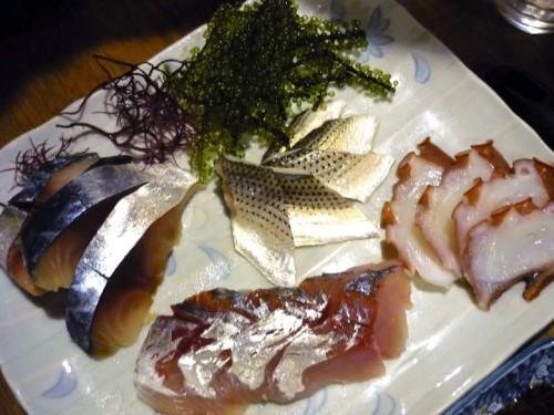 コハダ・タコ・どんちっち(ブランド鯵)・しめ鯖のお刺身盛り合わせ