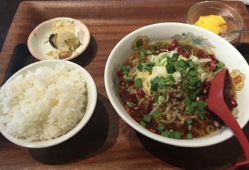 中華料理 味園(あじえん)冷やし台湾ラーメンセット