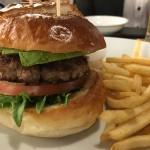 中区/千早|アメリカンダイナーで味わうボリューム満点ハンバーガー