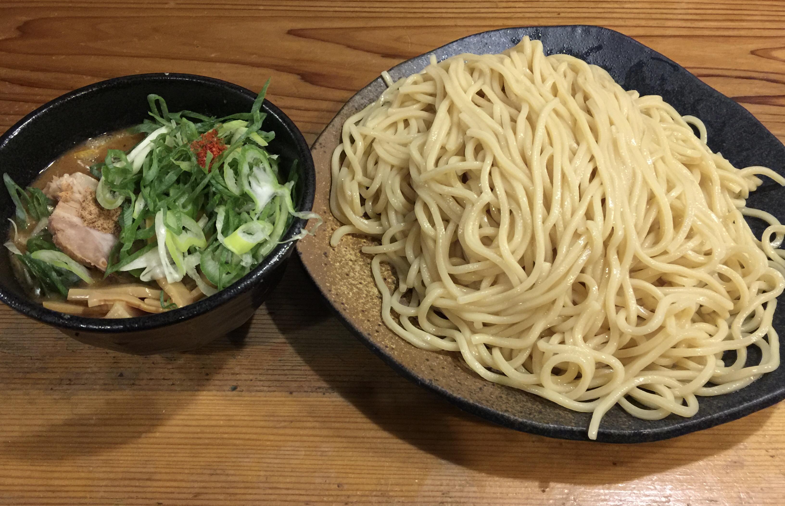栄・プリンセス通り沿いで食べられる美味しい濃厚魚介つけ麺