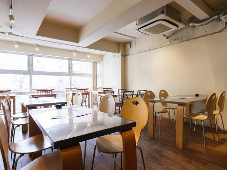 Lounge Cafe bliss(ラウンジカフェブリス) 店内2