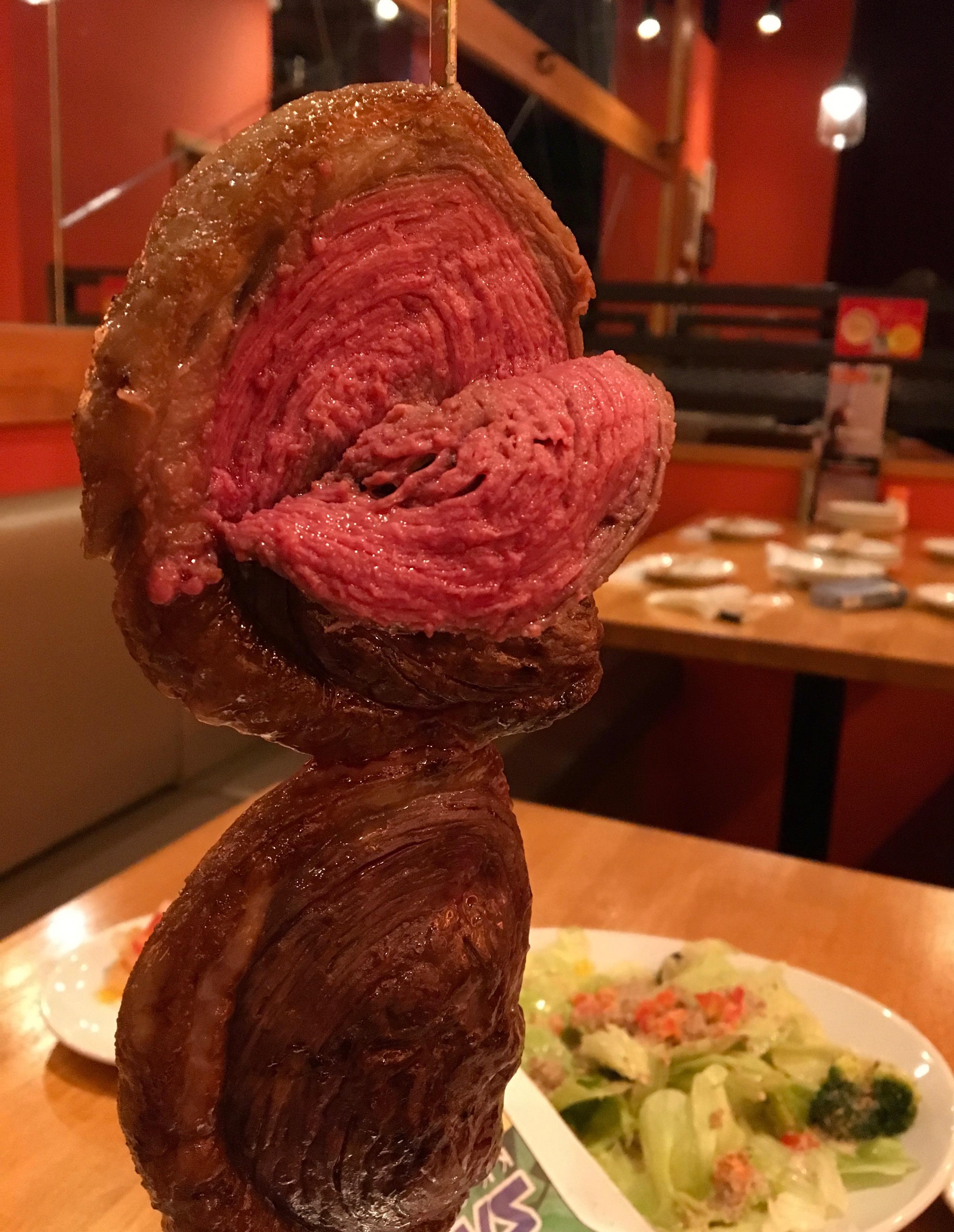 名駅|厳選された肉をブラジル流にがっつり食べられる!インパクト抜群かつヘルシーなシュラスコバル