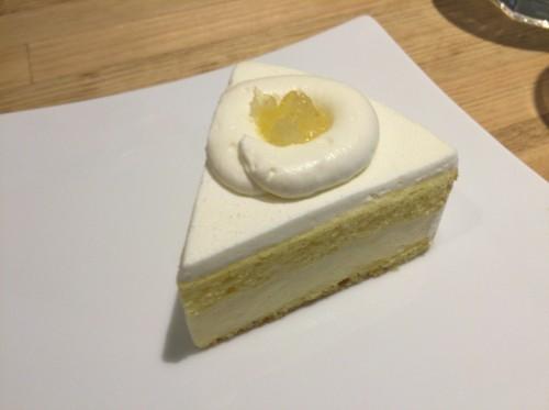 カマンベールのケーキ