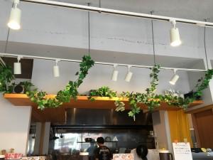 中川区 自家製麺でさらにパワーアップした牛骨ラーメン