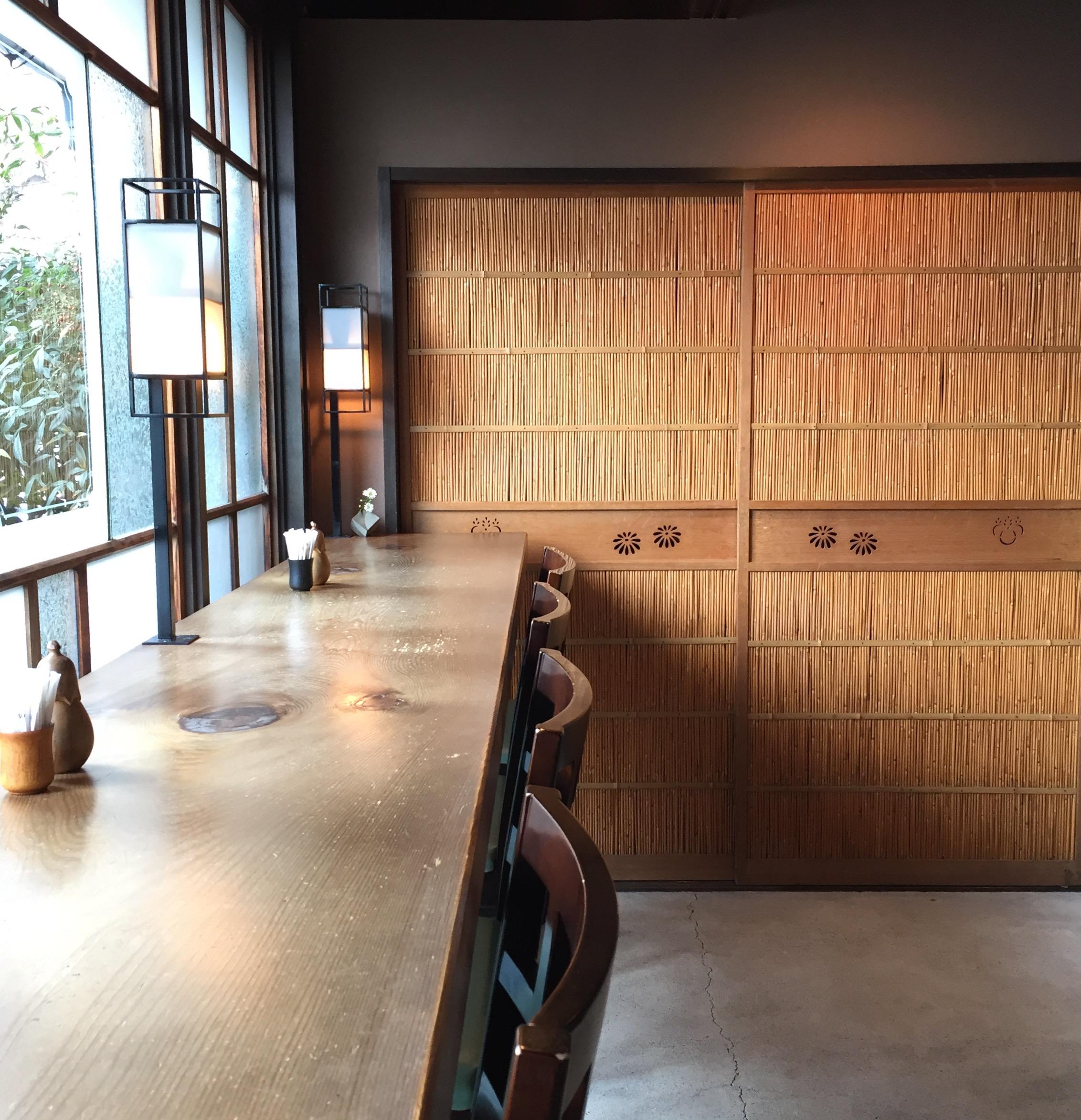 名東区高針|暖簾をくぐると予想を上回るモダンでレトロな雰囲気が広がるノスタルジックなお蕎麦屋さんだった!