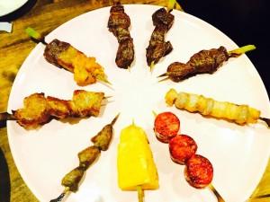 【名駅】食べ放題じゃなくてもガッツリシュラスコが食べられるおしゃれな肉バル