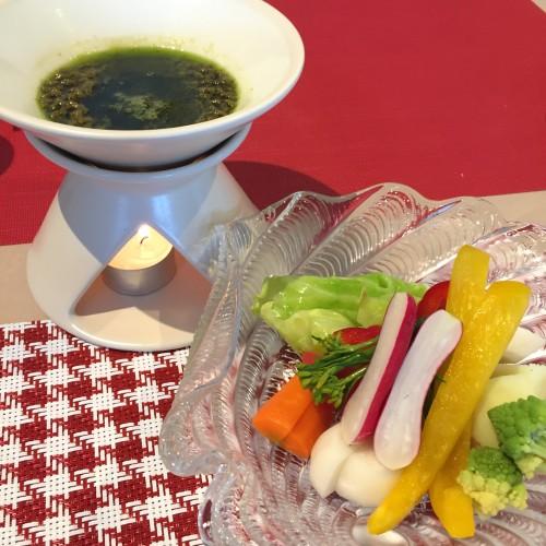 自家栽培野菜のバーニャカウダ