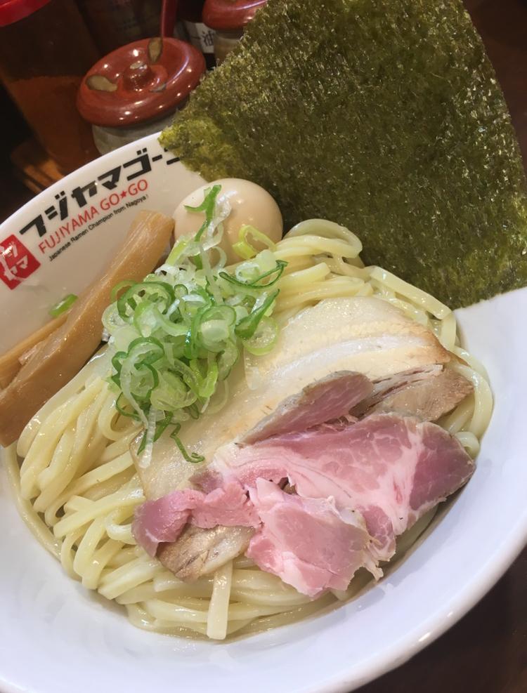 中区大須|つけ麺・ラーメンを世界へ〜東海地区から勢力拡大中のラーメングループ総本店で食べる「濃厚つけ麺」!