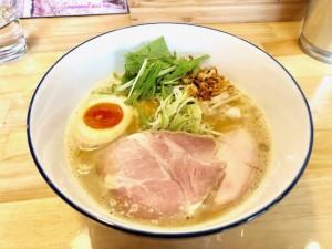 中川区|移転してパワーアップ!鶏と水だけで炊く濃厚鶏白湯ラーメン!