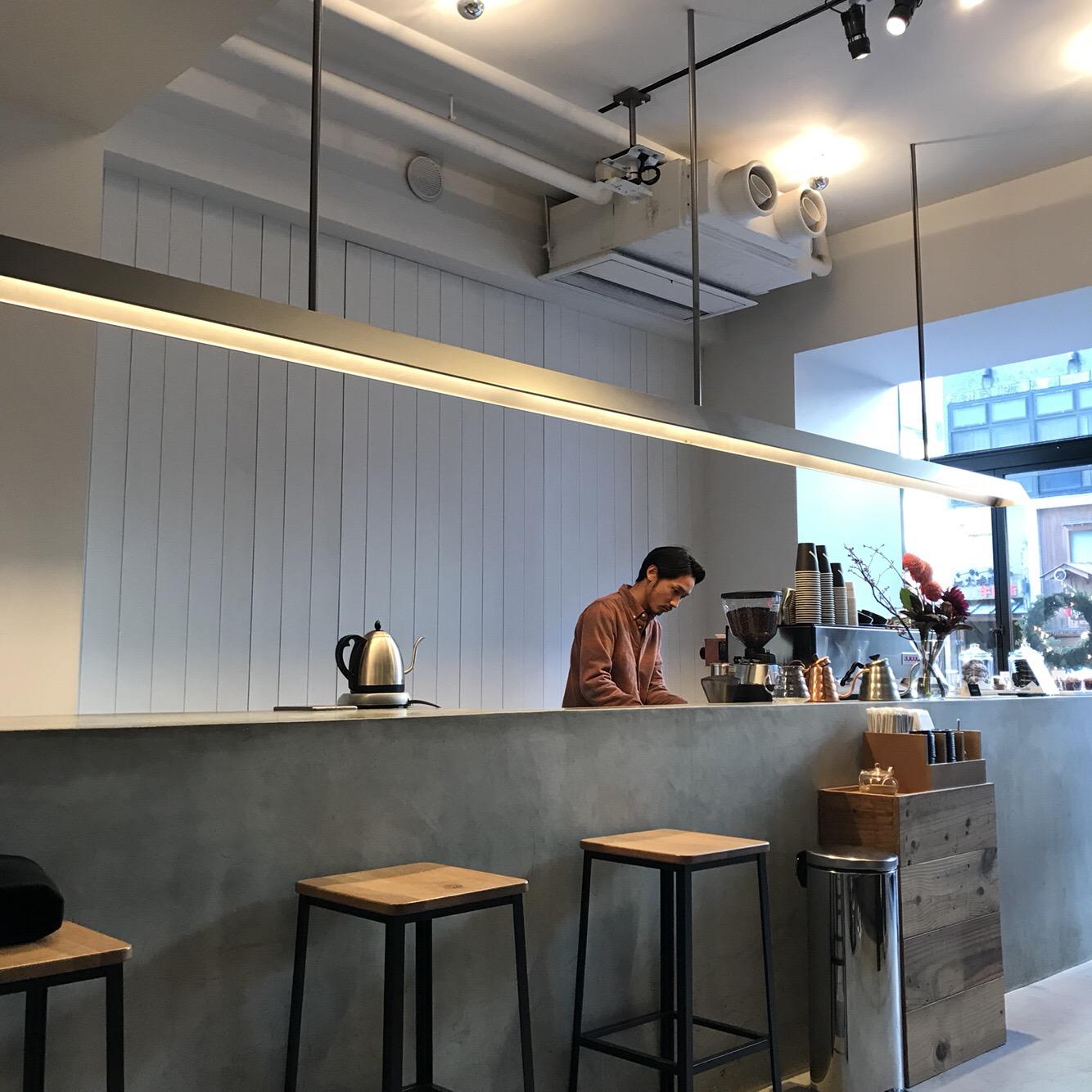 栄 | インスタ映え!最高にお洒落なコーヒースタンド