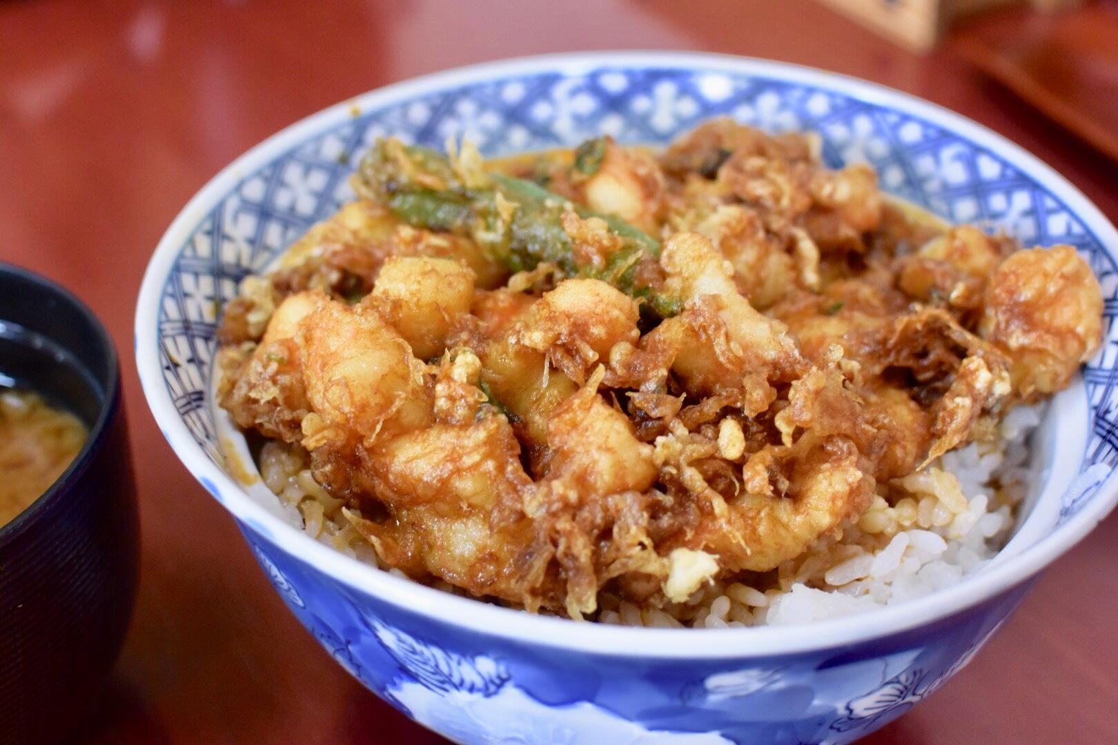 清水|ぷりっぷりな海老が惜しげもなく使われた絶品「かき揚丼」