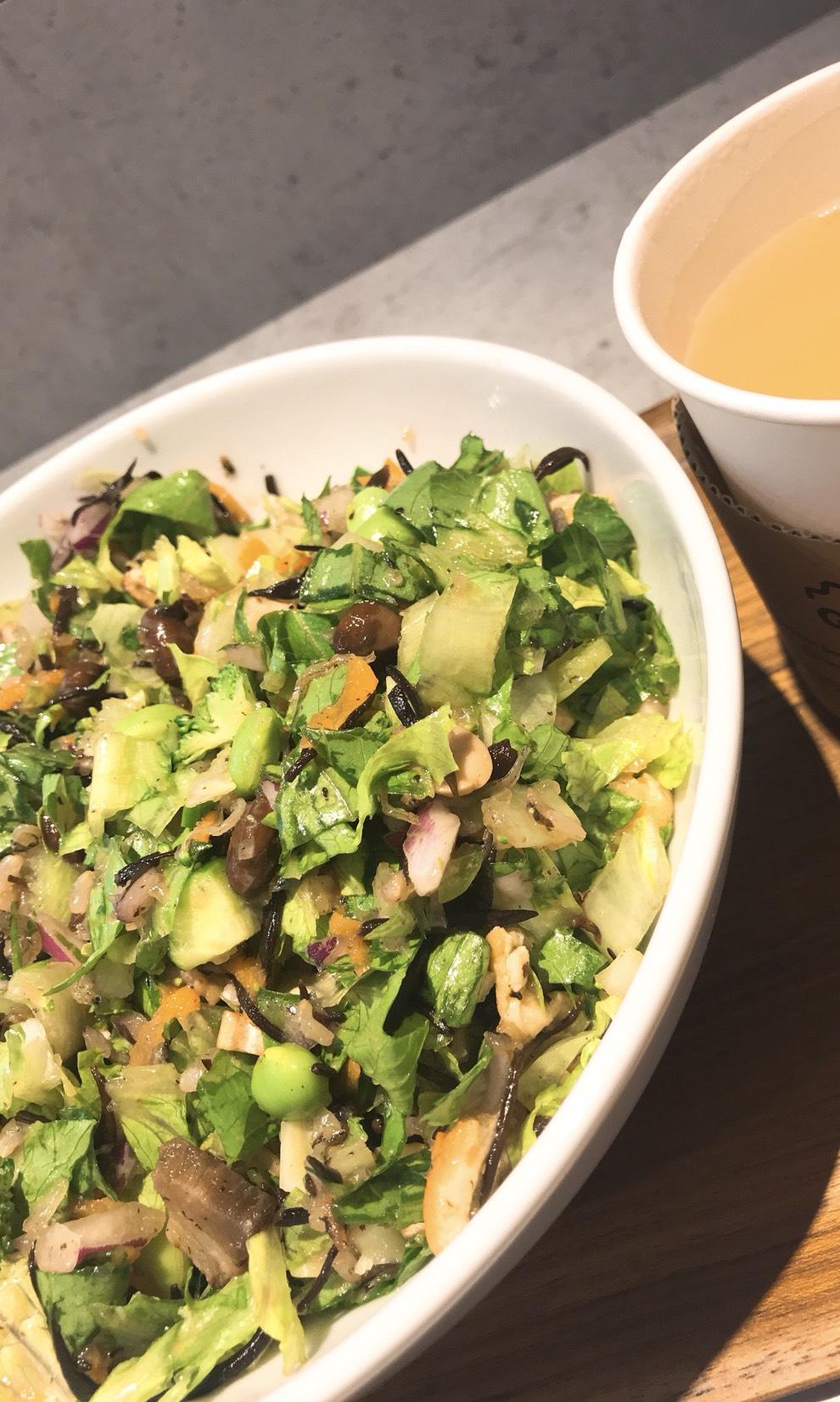 名駅|野菜不足さん必見!お腹いっぱい野菜が食べられるサラダ屋さん