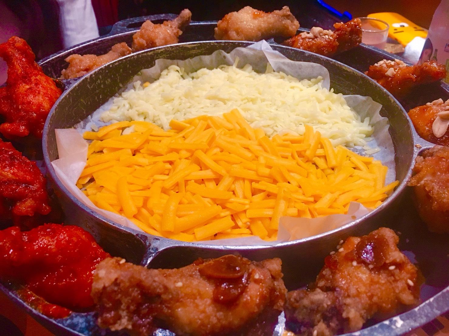 栄|K-POP、チキン、チーズ好き必見!本場の味が楽しめる韓国料理店