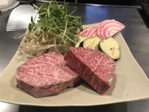 栄|見て楽しい、食べて美味しい。特別な日にもぴったりな贅沢な鉄板焼き
