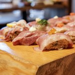 伏見/栄|「飛騨牛炙り肉寿司」が食べ放題!高コスパな全室個室のお洒落居酒屋