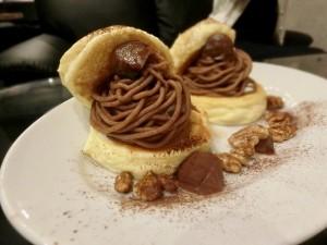 白壁 ふわっふわなパンケーキが味わえる、セレブに人気の隠れ家カフェ。