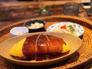 笠寺 ぱっかーん!ムービー撮影はマスト!ふわふわ卵のオムライスが食べられるカフェ