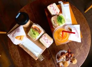 名駅|小腹から空腹まで満たせる自家製サンドウィッチが味わえる、クラフトビールショップ