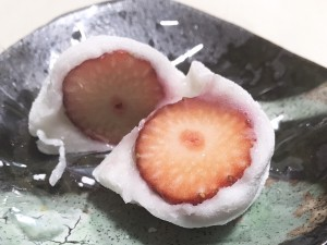 桜山|季節の移ろいを目でも楽しめる老舗和菓子店