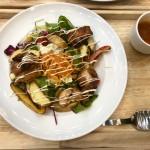 名駅|カフェ利用からコワーキングスペース、BBQまで楽しめる!癒しの南国リゾート