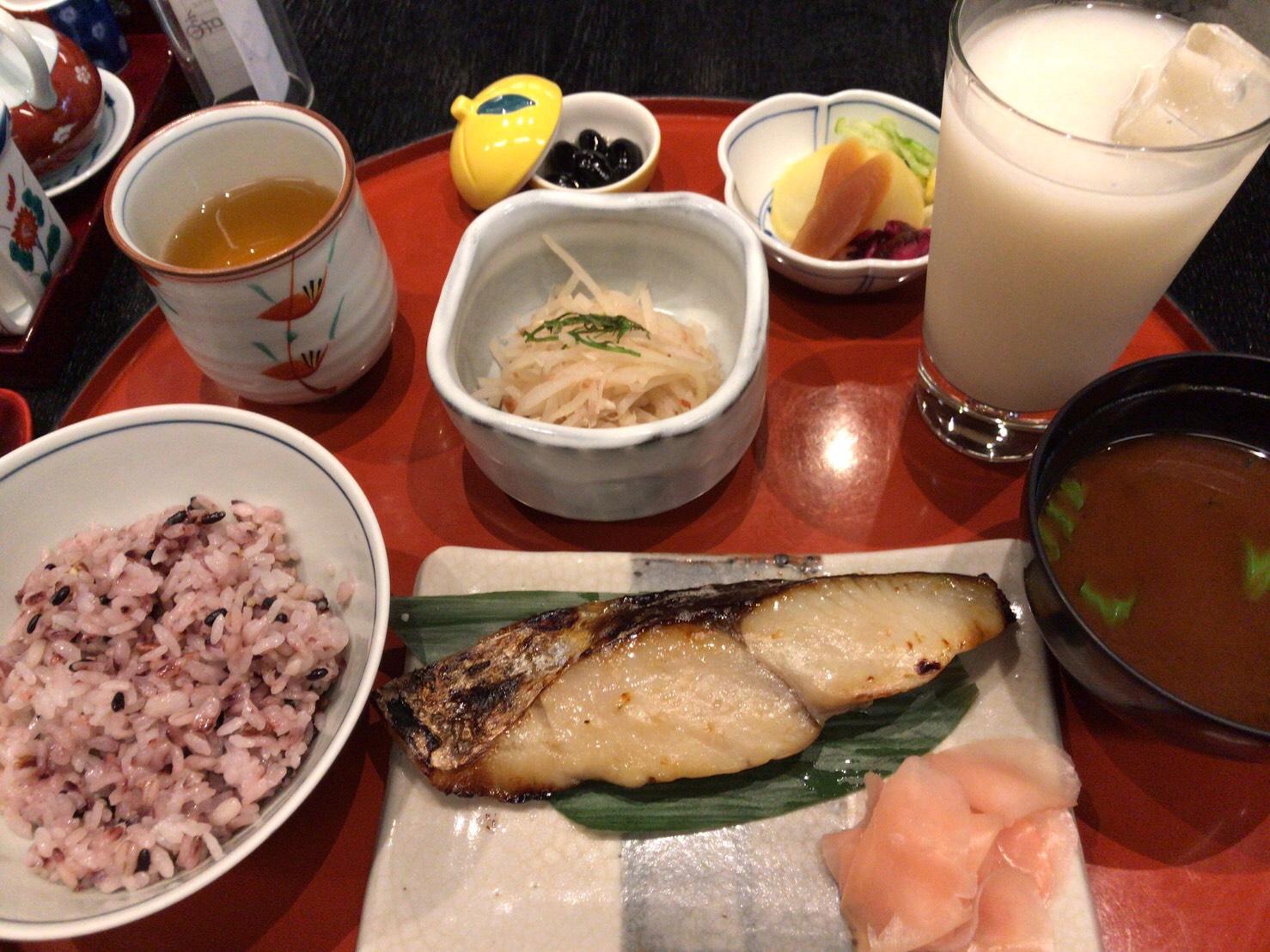 栄|100年以上続く「守口漬け」の技術が焼き魚で楽しめる!老若男女問わず人気の和食ランチ