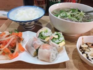 妙音通|遠く離れた母の味を伝える、家庭の味を楽しめるベトナム料理店
