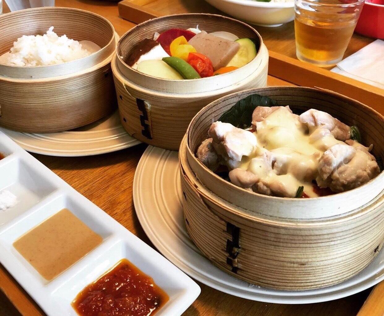 鳴海|無農薬野菜のランチと、最高級の紅茶で幸せ溢れるレストラン