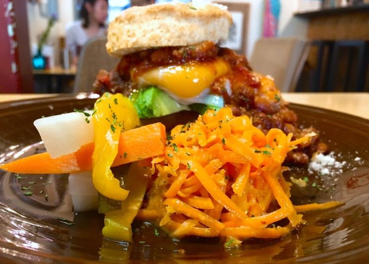 東別院|ボリューム満点なサンドウィッチがいただける、アメリカンな朝食屋さん
