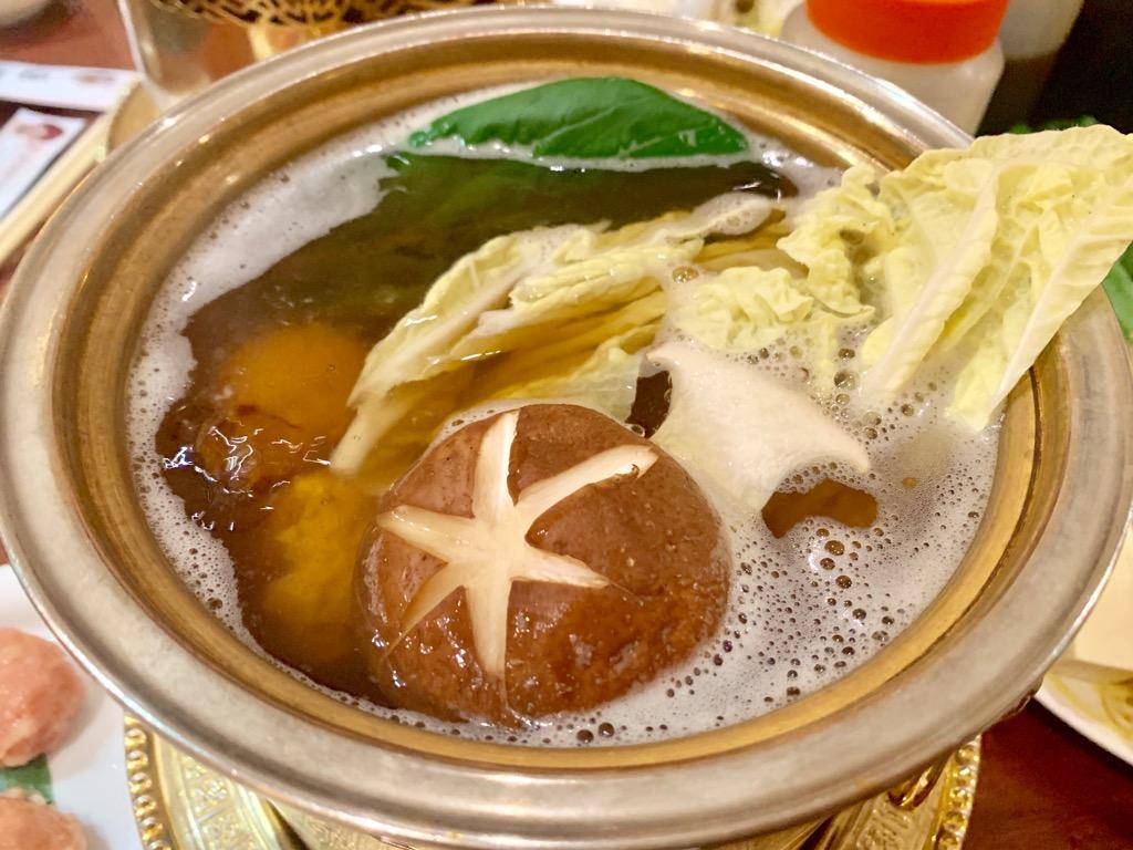 栄|ランチに「鍋」という選択。お手頃価格で大満足!きのこ鍋専門店