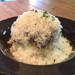 新栄|ふわふわチーズと半熟卵とカレーが合体!萌え段に燃える雪山カレー