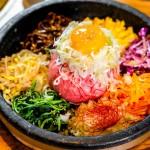 栄|7色のインスタ映えメニューに釘付け!24時間楽しめるドラゴンハラミと七色ビビンバが話題の焼肉店