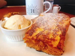 一社 |カリふわ食感フレンチトーストとボリューム満点ランチで満たされるアメリカンクラシックなカフェ