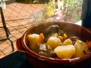 栄 非日常な隠れ家を発見!!食材を活かした栄養豊富な自家製ブラジル料理の専門店
