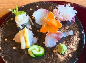 尼ヶ坂 完全個室の料亭でいただく、漁港直送の素材を活かした富山料理