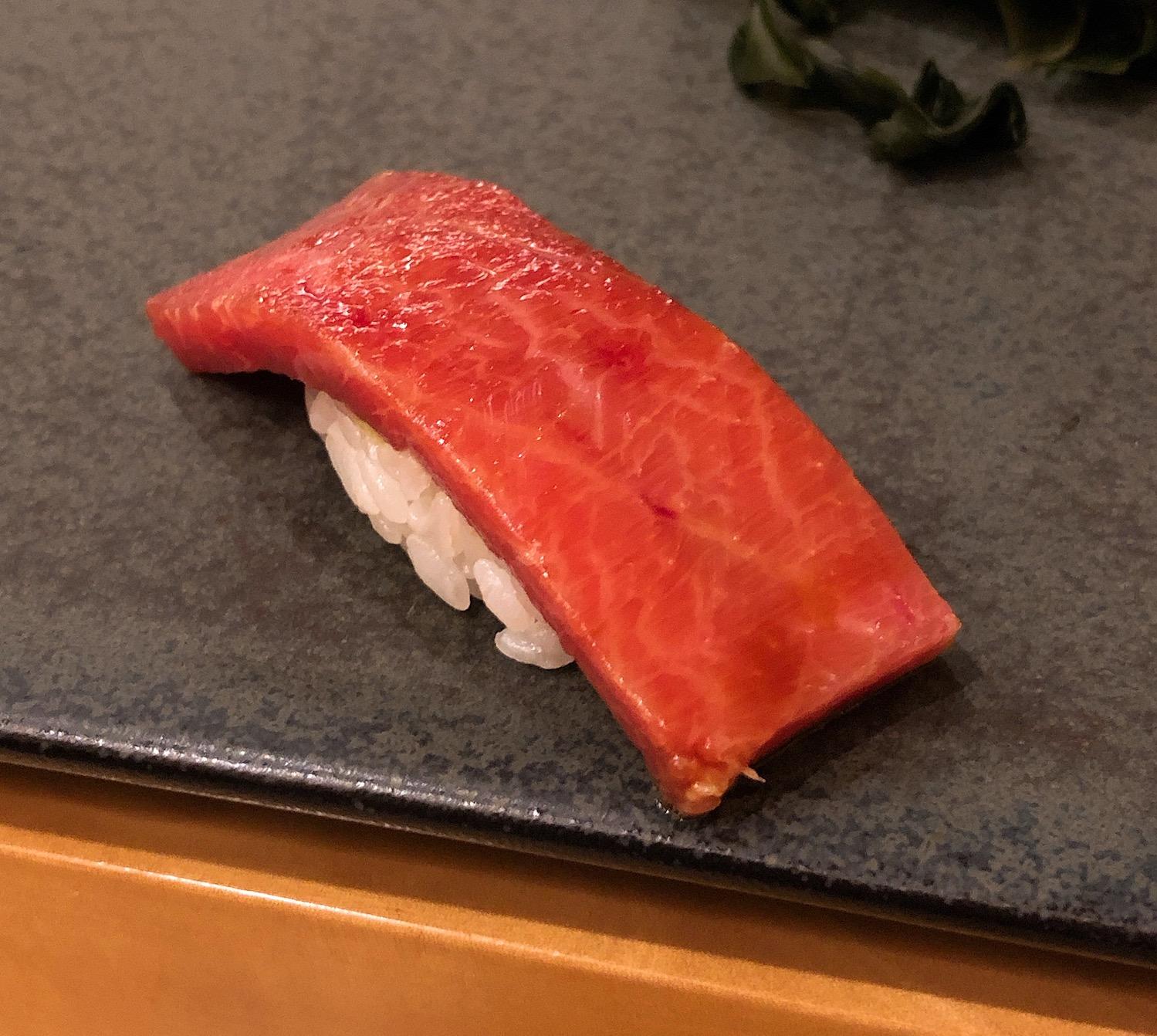 久屋大通|1日3組限定。熟成にこだわり素材の旨みを引き出す高級江戸前鮨