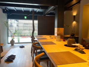 国際センター 日本文化を紡ぐ架け橋に。おもてなしとお茶の余韻に浸れる日本茶専門店