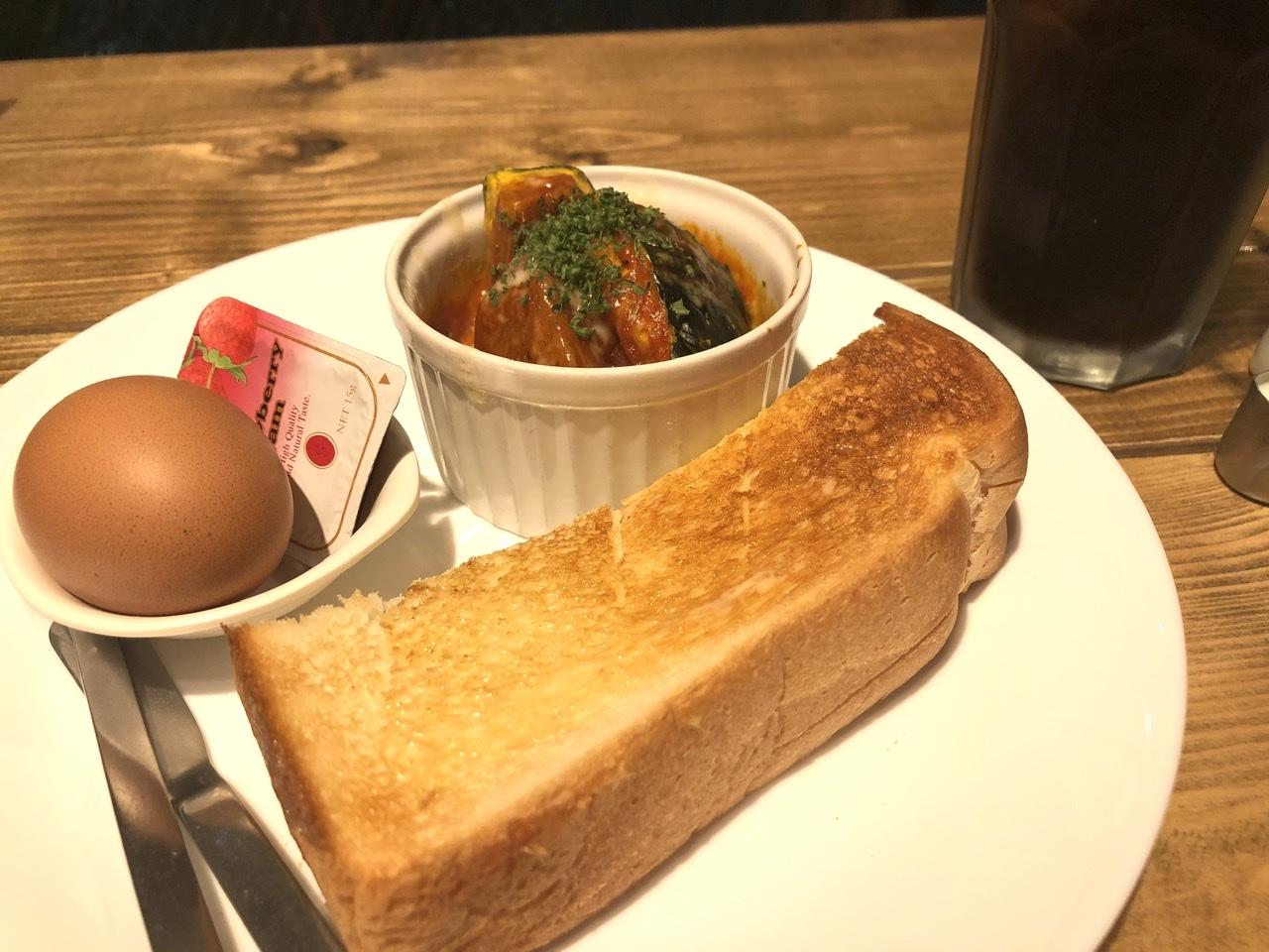 栄生|最寄駅から徒歩1分!ひとりでも入りやすいアットホームな雰囲気のカフェ