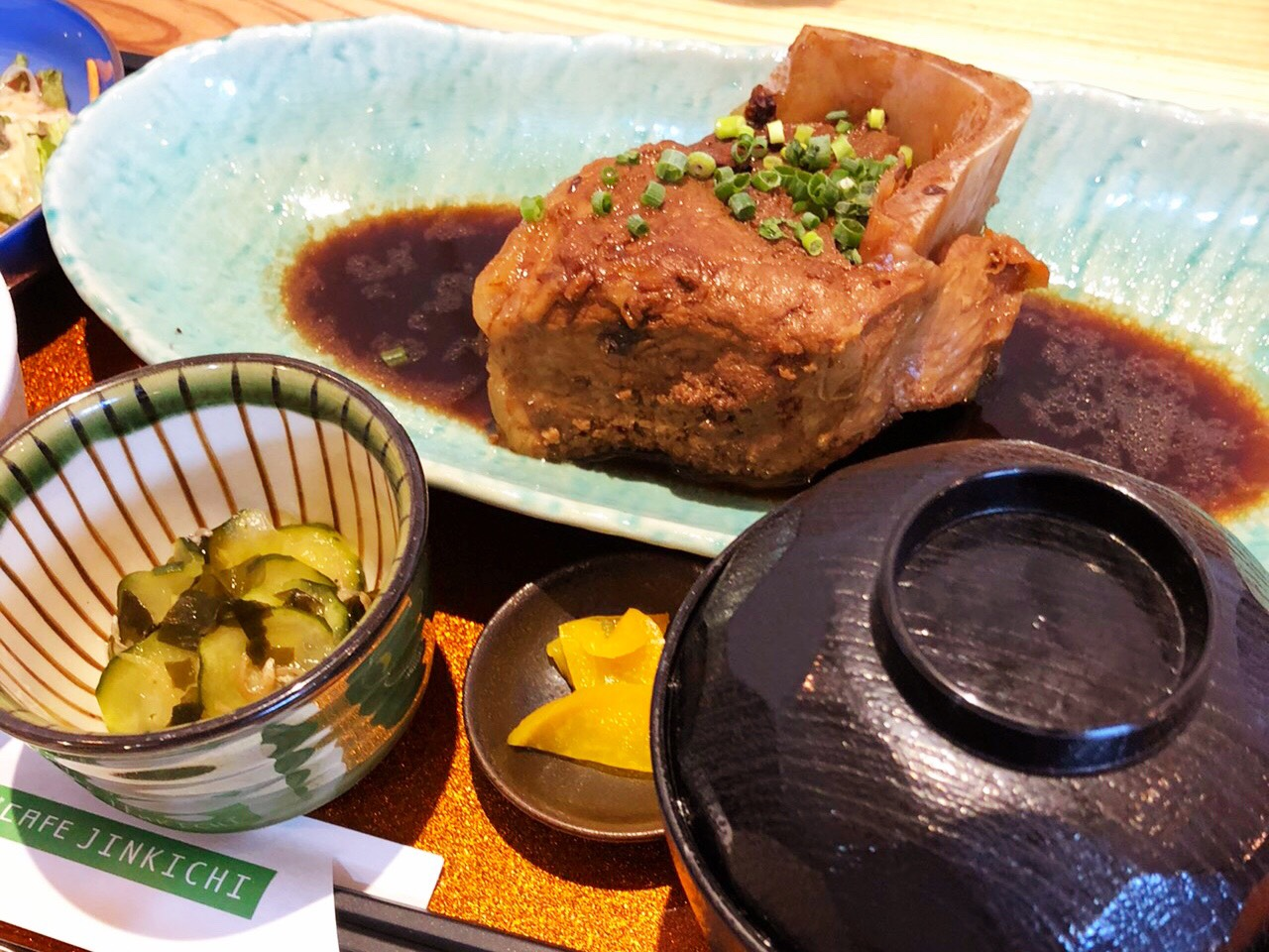 中島|昼飲みから本格的な定食ランチまでいただけるアットホームなカフェ