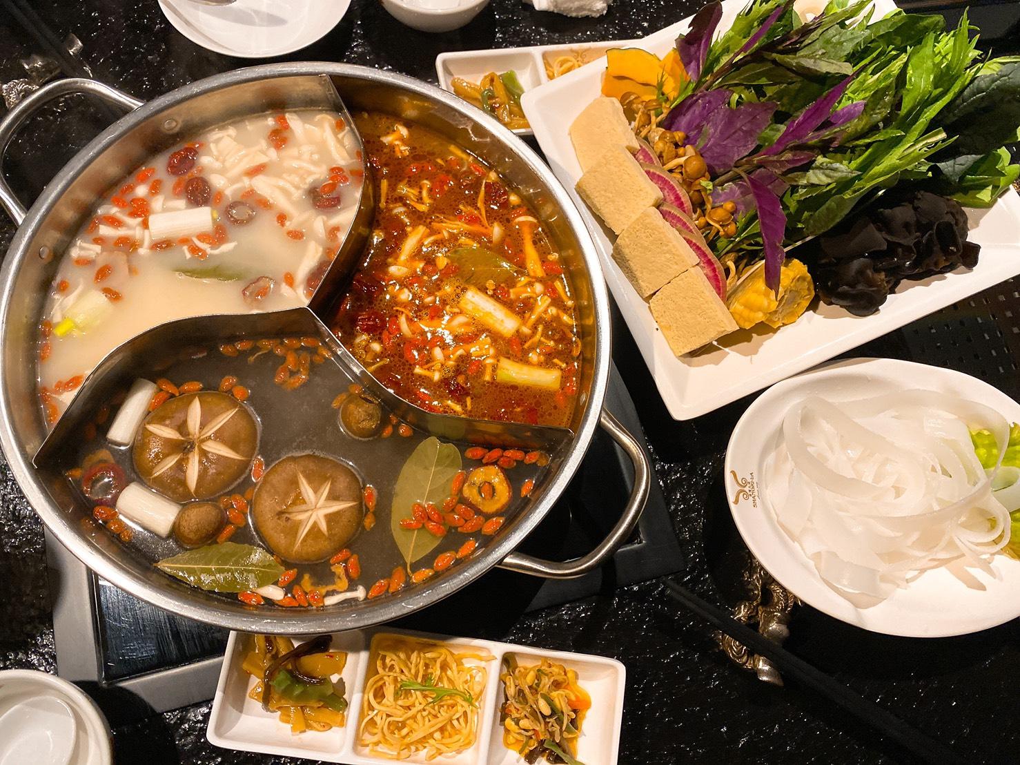 久屋大通|中国の伝統を舌で感じる!美容や健康効果を期待できる薬膳火鍋専門店